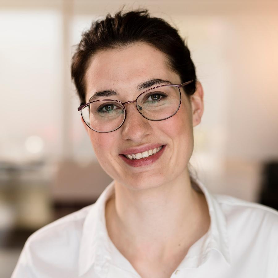 Carla Freiberger, Zahnärztin, Praxis für Zahngesundheit PFZ Köln